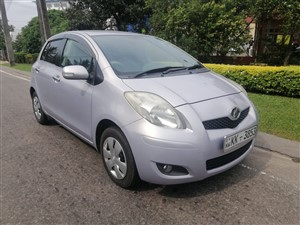 toyota-vitz---8-air-bag-2007-cars-for-sale-in-colombo