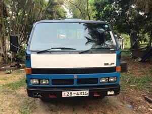 isuzu-elf-1982-trucks-for-sale-in-kalutara