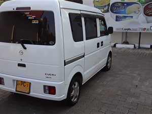 suzuki-every-scrum-[auto]-2011-vans-for-sale-in-colombo