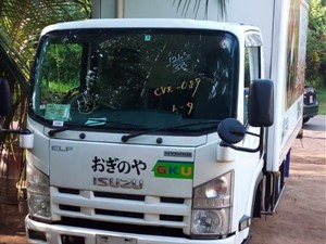 isuzu-2012--elf-10.5-feet-2012-trucks-for-sale-in-gampaha