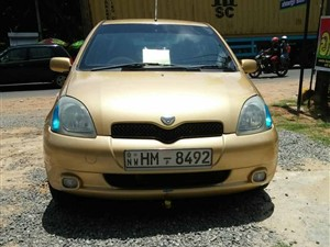 toyota-vitz-2000-cars-for-sale-in-puttalam