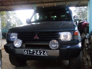 mitsubishi-pajero-1992-jeeps-for-sale-in-kandy