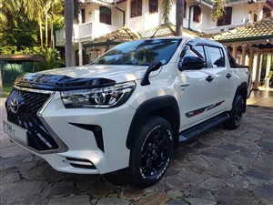 toyota-hilux-rocco-b5-version-2020-jeeps-for-sale-in-puttalam