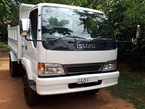 isuzu-juston-forward-tipper-2007-trucks-for-sale-in-puttalam