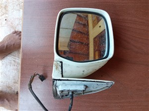 toyota-noah-2015-spare-parts-for-sale-in-colombo