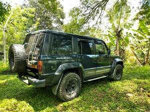 isuzu-trooper-1985-jeeps-for-sale-in-kurunegala