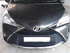 toyota-vitz-safety-package-2017-cars-for-sale-in-gampaha
