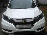 Honda vezel RS for rent with driver